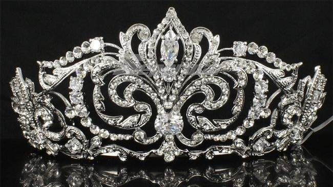 Crown-3.jpg